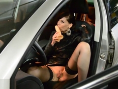 Jeny Smith masturbating at car park
