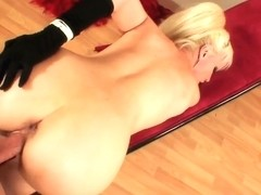 Busty Elizabeth Tyler gets her ass boned in pov