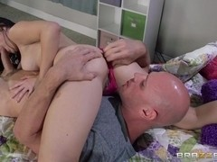 Teens Like It Big: Protecting The Stepsister. Daisy Haze, Johnny Sins