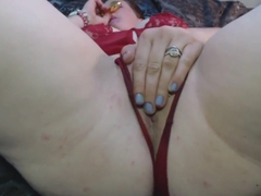 BadWifeOhio tries new butt plug