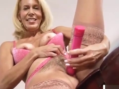 Sexy cougar hairy pussy massage