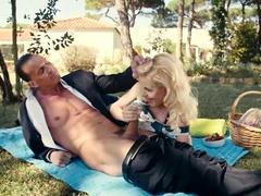 Busty amateur Lynna Nilsson sex for cash