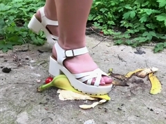 Nessa stomped a banana (preview) c4s.com/studio/130739/