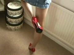 footjob, shoejob in hawt red high heels