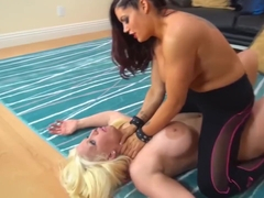 Catfight where big titted blonde gets overwhelmed