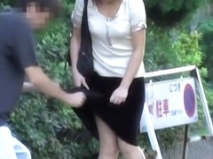 Japanese street sharking video showing a gorgeous chick