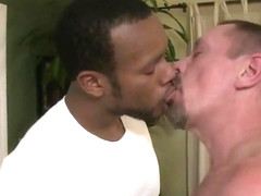 Black muscle stud fucked daddy big cock pt1