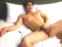 korean guy wanking